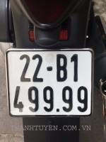 Shi 150 , nhập Ý , ĐK 2013 , Màu ĐEN , SM : 110...mới chạy 600 km, XE ZIN 99,9 % như xe thùng .