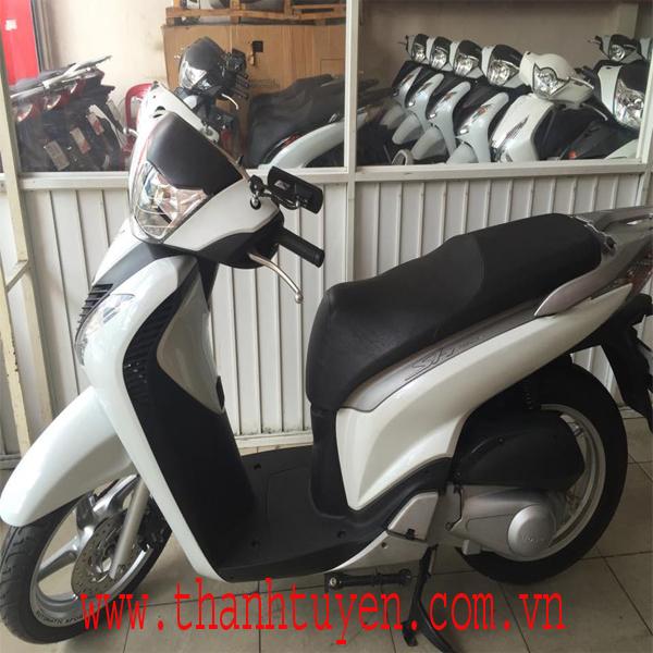 SH150i , Nhập Ý , Màu Trắng - Đen , ĐK 2010 , Xe Máy Zin , Phụ Tùng Zin theo xe 100%.