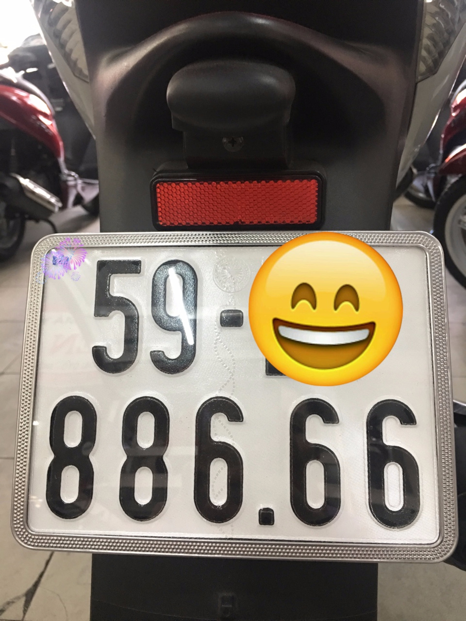 SH150i , xe nhập Ý , Màu Trắng - Đen , ĐK 2014 , Xe bao đẹp ZIN 99,9% .