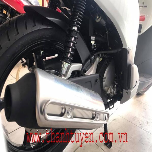 SH150i , Nhập Ý , Màu Trắng - Đen , ĐK 2015 , xe ZIN 99% .